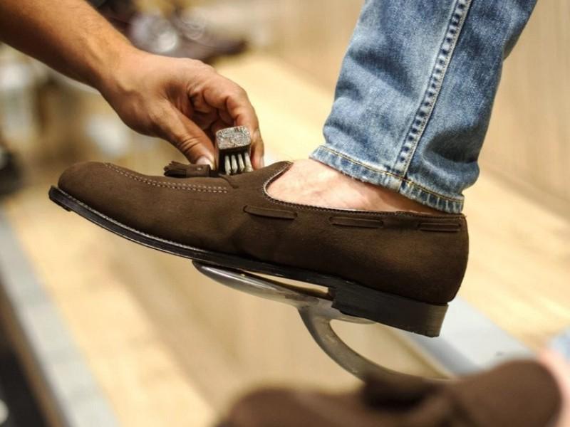 Πως Καθαρίζω Καστόρινα Παπούτσια